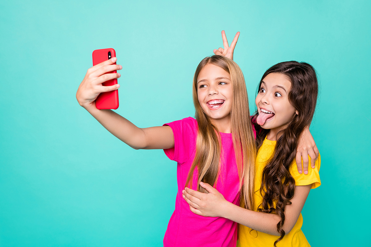What's the right age for parents to get their kids first smartphone?